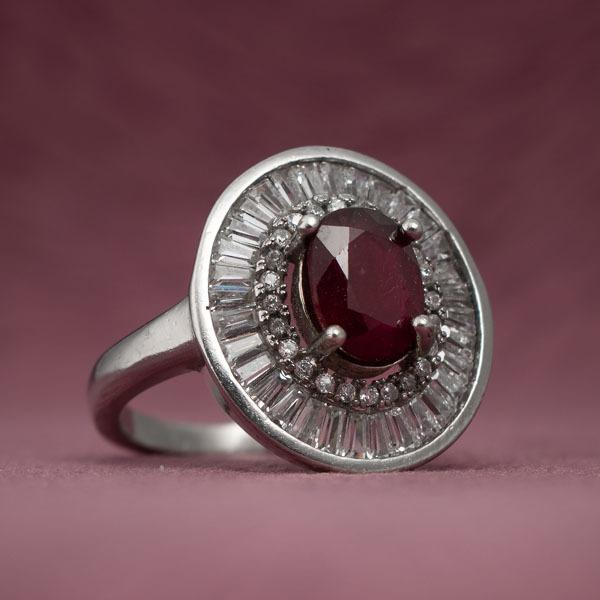 انگشتر زنانه یاقوت سرخ