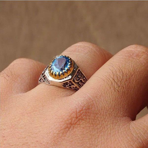 انگشتر مردانه توپاز سوئیس آبی