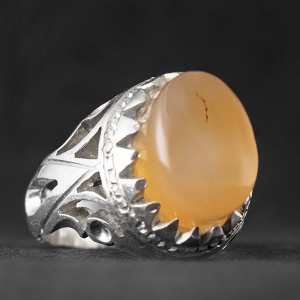 انگشتر مردانه عقیق زرد یمانی دستساز
