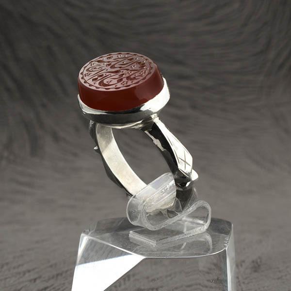 انگشتر مردانه عقیق قرمز یمانی خطی دست ساز