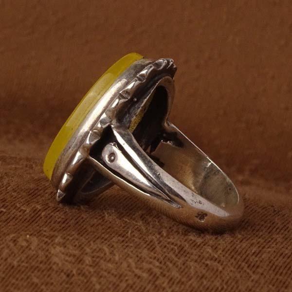 انگشتر مردانه عقیق زرد خطی