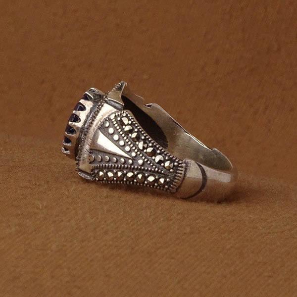انگشتر مردانه یاقوت کبود اصل و معدنی