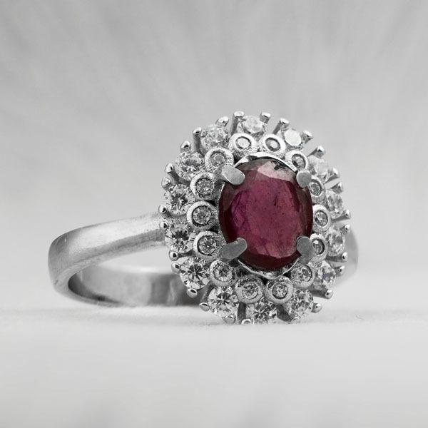 انگشتر زنانه یاقوت قرمز