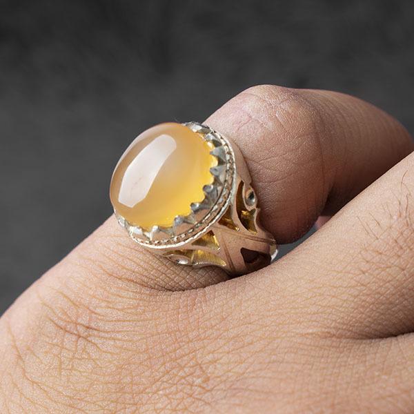 انگشتر مردانه عقیق زرد یمن دستساز