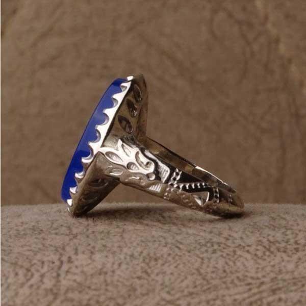 انگشتر مردانه عقیق آبی خوشرنگ خطی