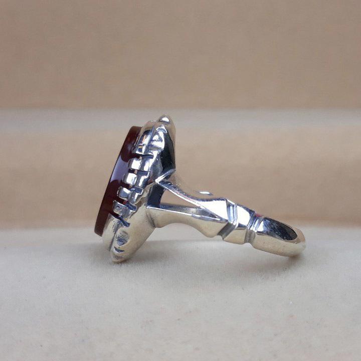 انگشتر مردانه عقیق خطی