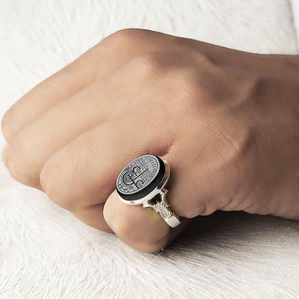 انگشتر مردانه عقیق جزع یمانی خطی دست ساز